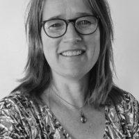 Suzan Overmeer - short bio